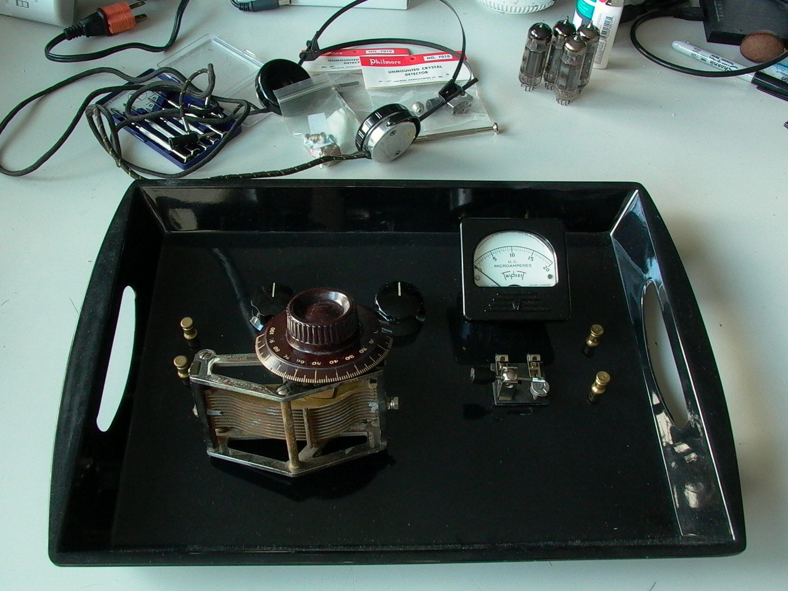 Build A High End Multiband Crystal Radio Alvenh Channe Diode For Low Impedance Headphones Black Melamine Tray With External Components